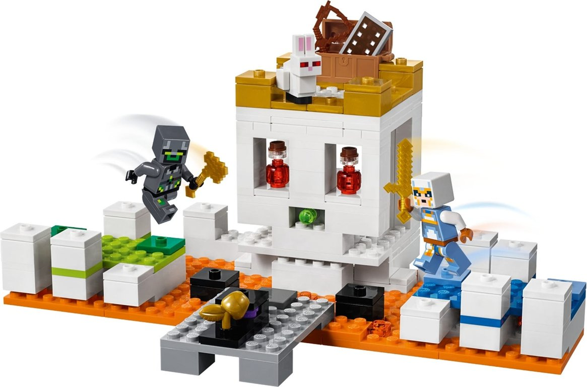 LEGO® Minecraft The Skull Arena gameplay