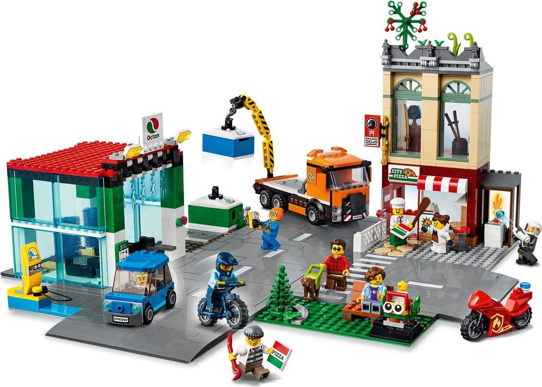 Town Center gameplay