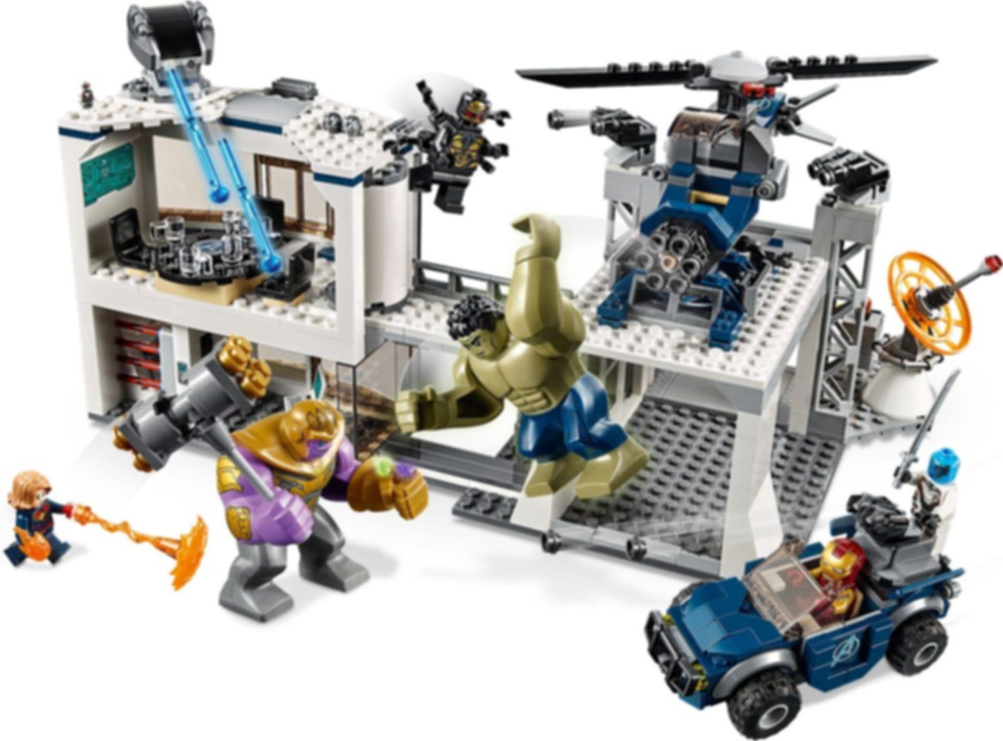 LEGO® Marvel Avengers Compound Battle gameplay