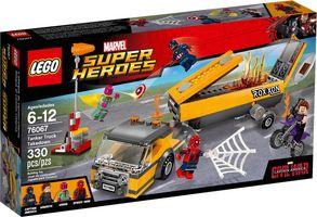 LEGO® Marvel Tanker Truck Takedown