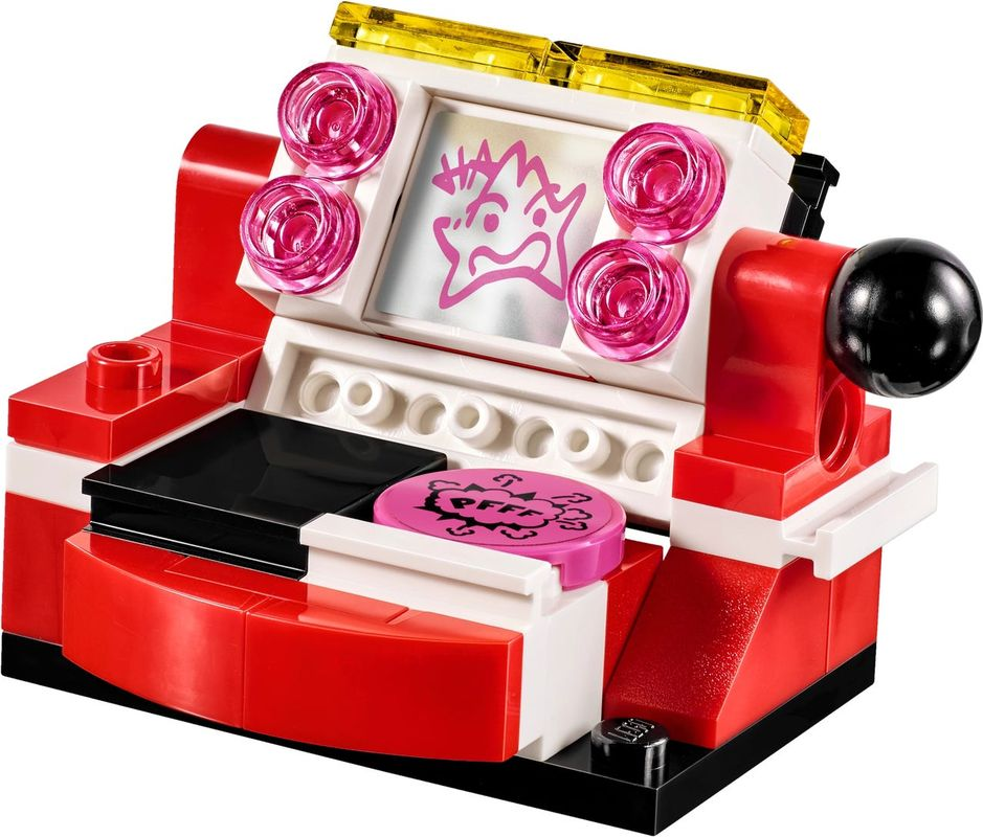 Harley Quinn™ Dorm components