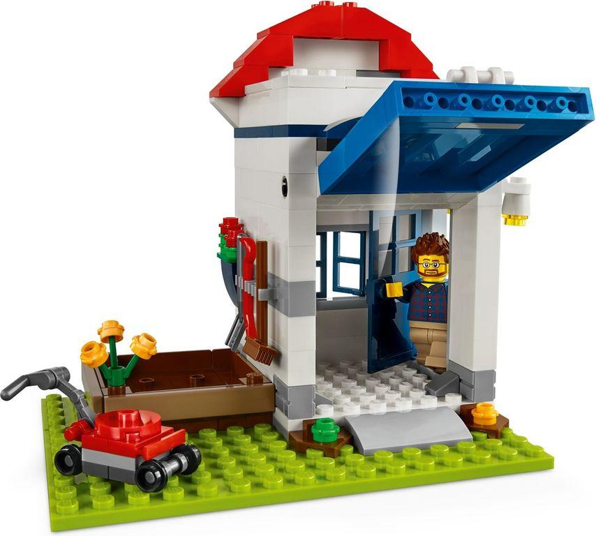 LEGO® Pencil Pot gameplay