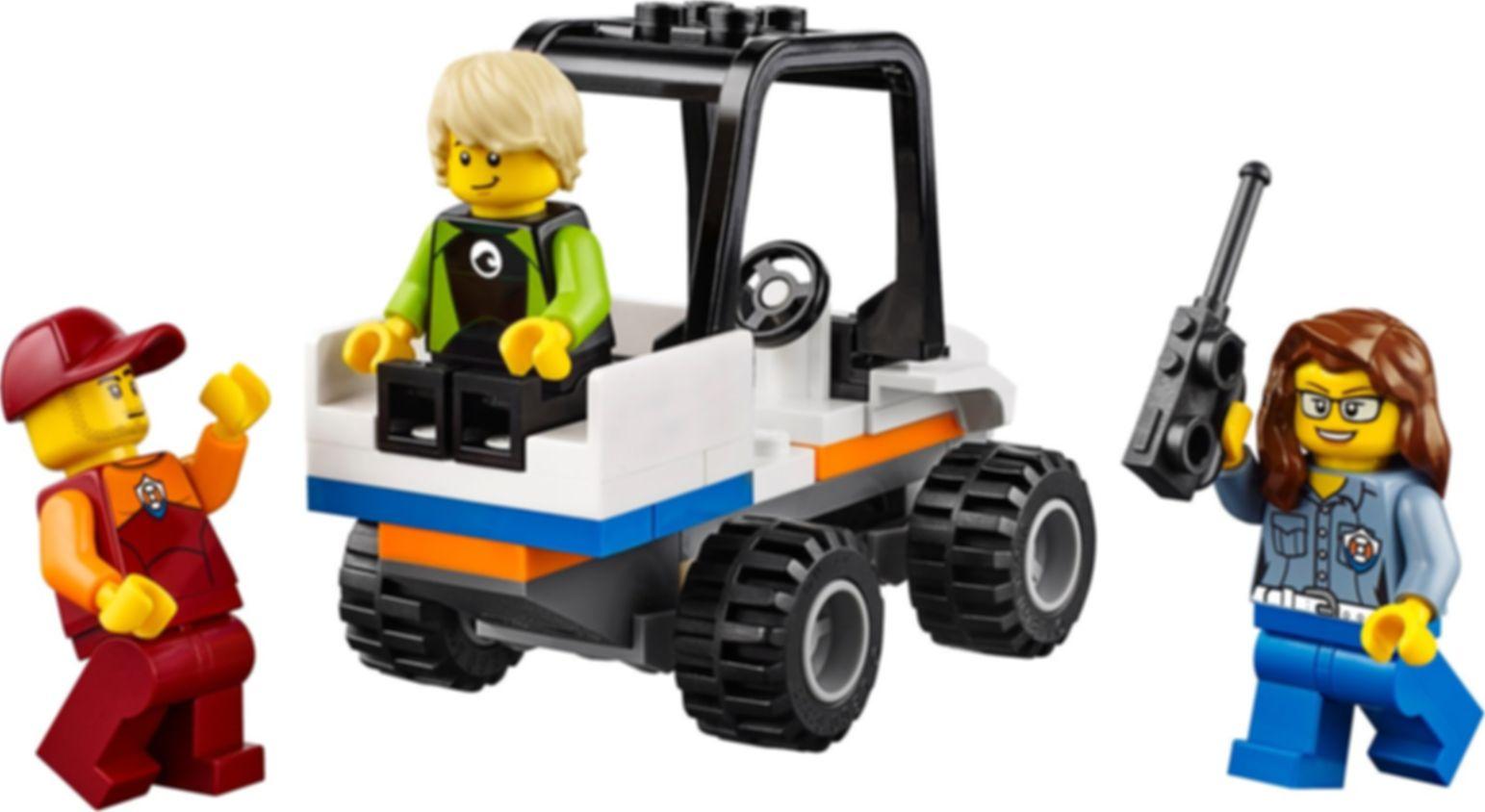 LEGO® City Coast Guard Starter Set gameplay