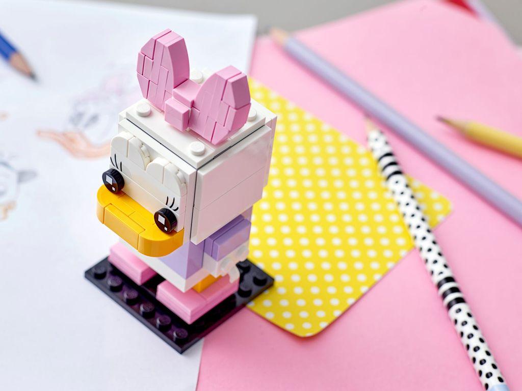 LEGO® BrickHeadz™ Daisy Duck gameplay