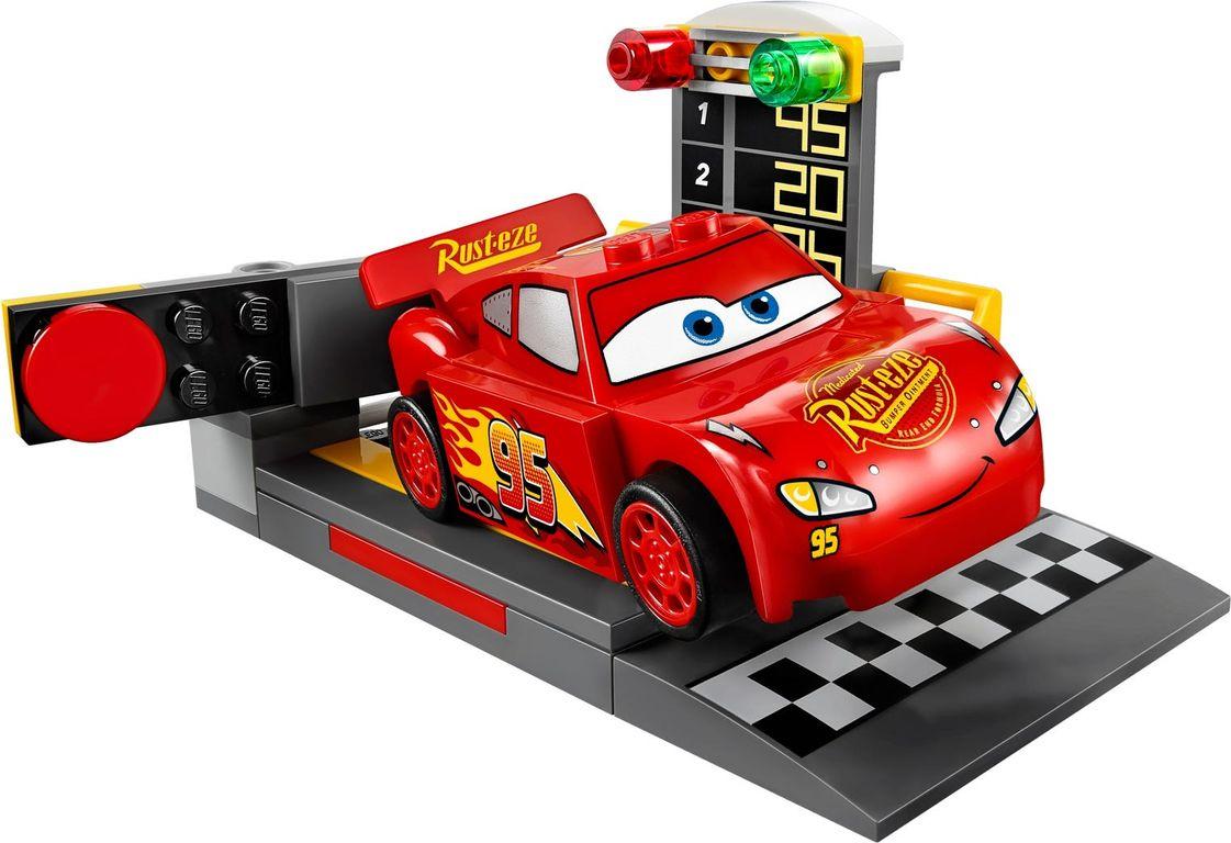 LEGO® Juniors Lightning McQueen Speed Launcher components
