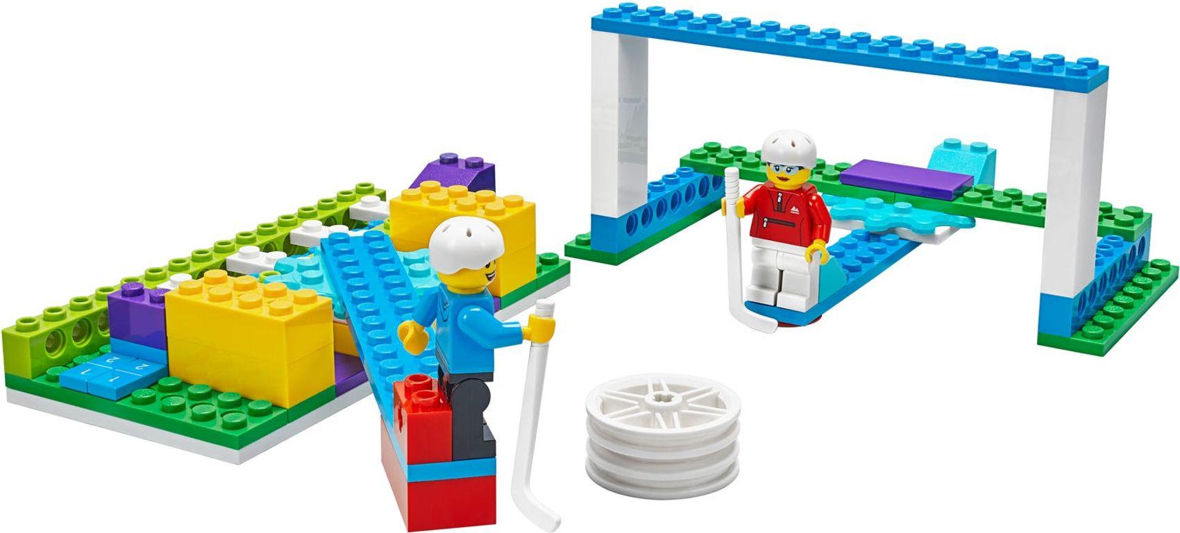 BricQ Motion Essential Set components