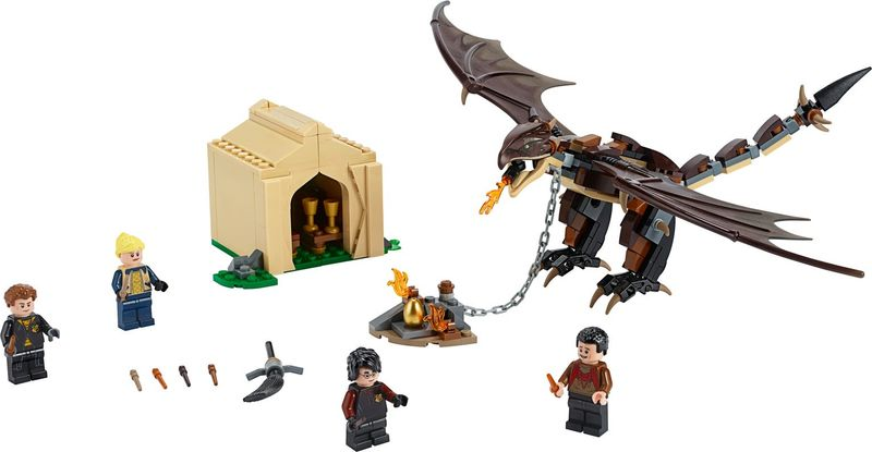 LEGO® Harry Potter Hungarian Horntail Triwizard Challenge components