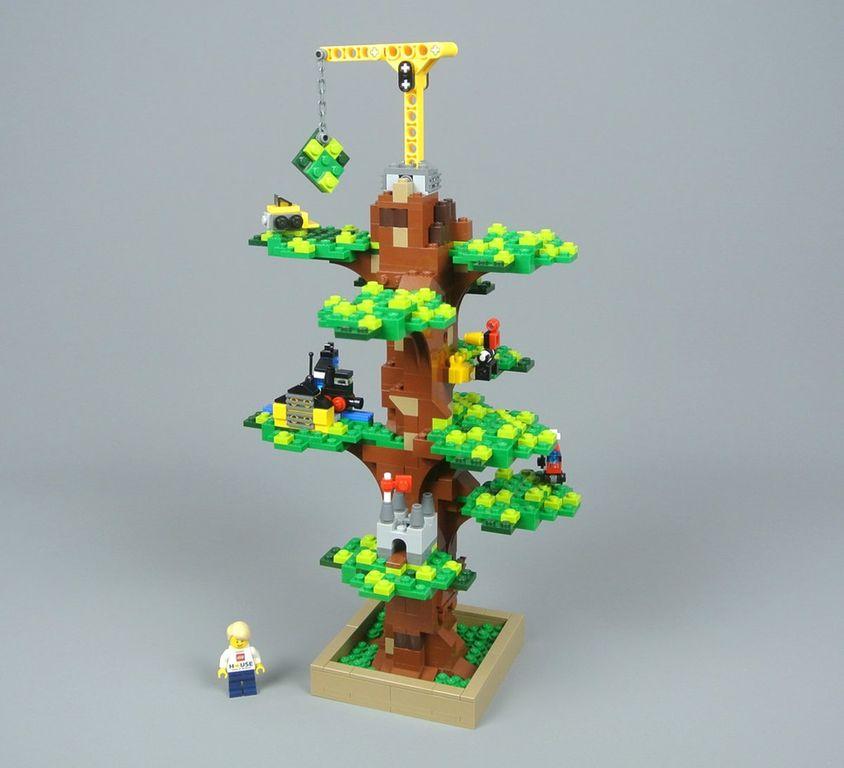 Lego House Tree of Creativity components