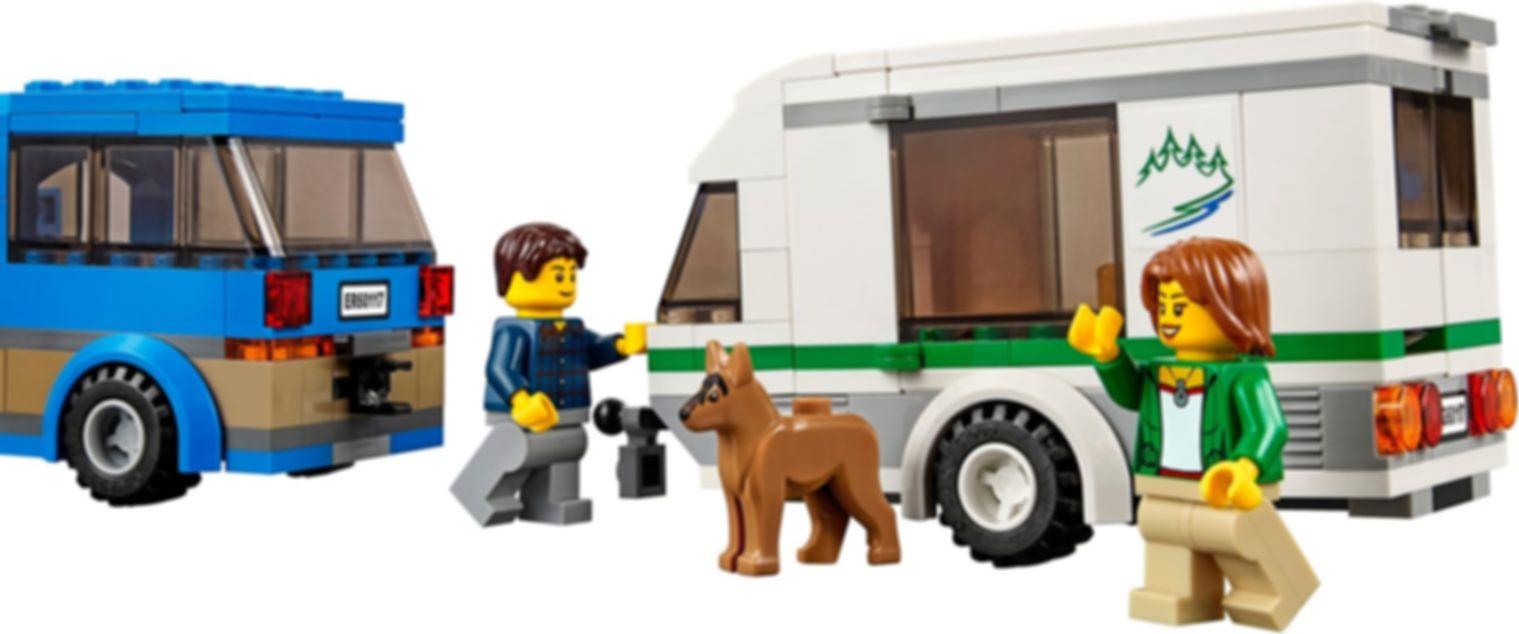 Van & Caravan gameplay