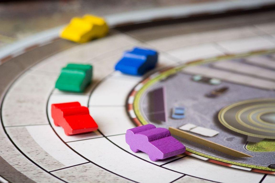 Automobiles gameplay