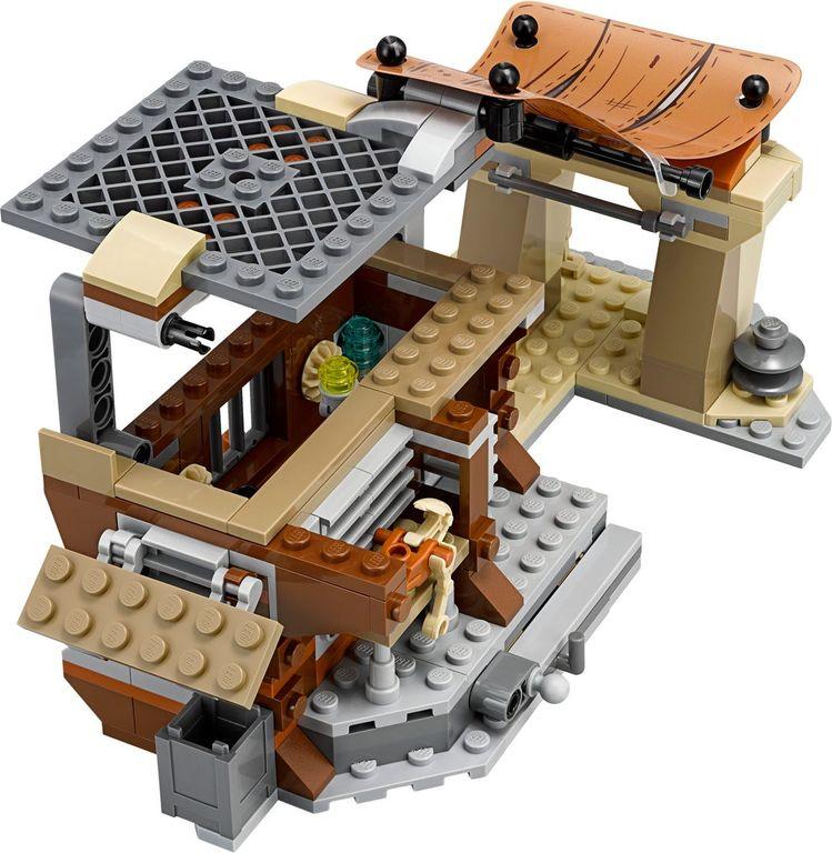 LEGO® Star Wars Encounter on Jakku™ components
