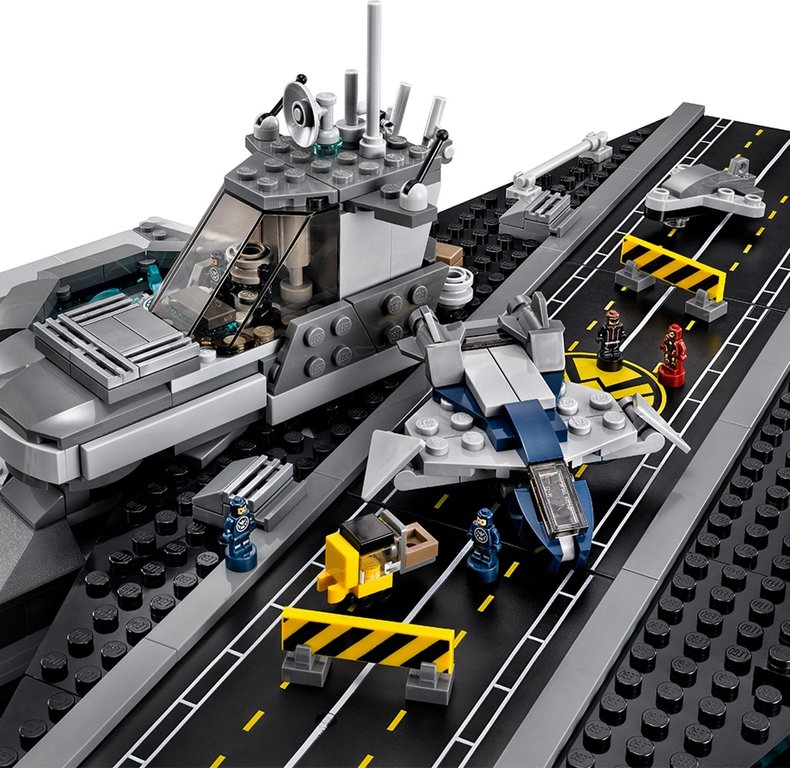 LEGO® Marvel The SHIELD Helicarrier components