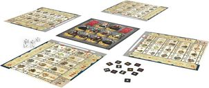 Kingsburg: The Dice Game components