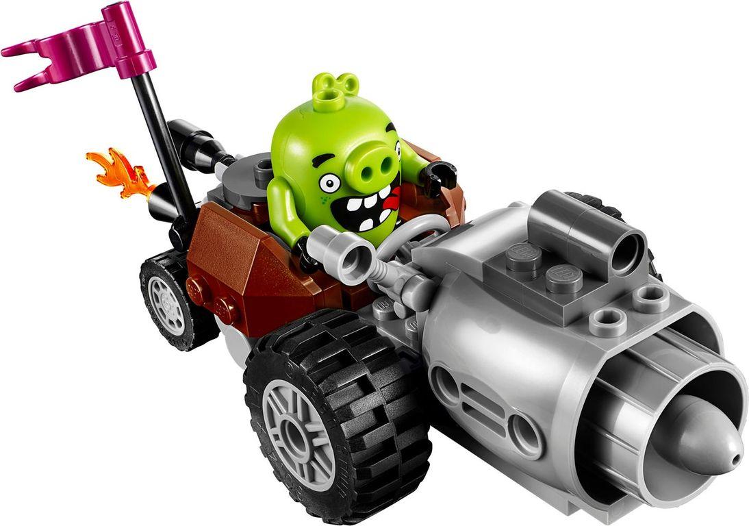 Piggy Car Escape gameplay