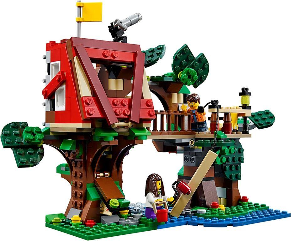 LEGO® Creator Treehouse Adventures gameplay