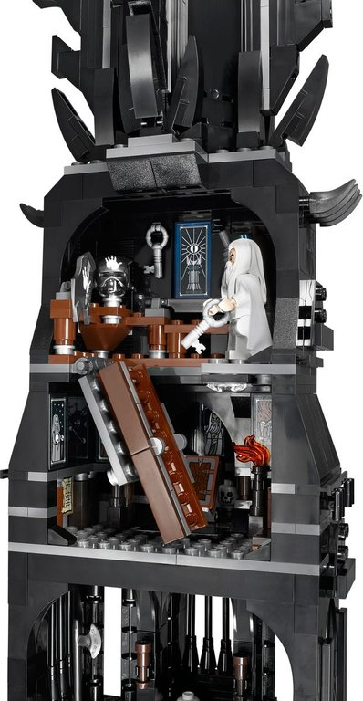 LEGO® The Lord of the Rings The Tower of Orthanc interior