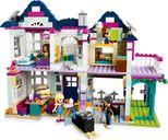 Andrea's Family House interior