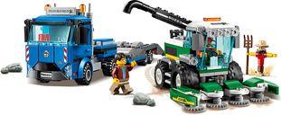LEGO® City Harvester Transport gameplay