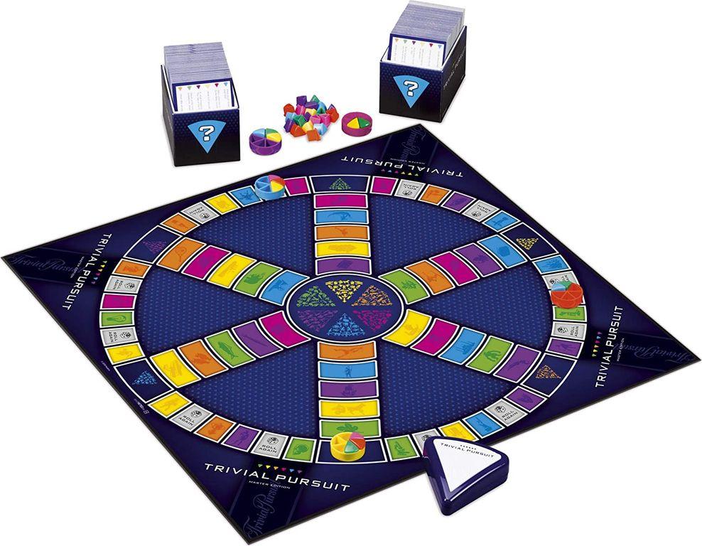 Trivial Pursuit: Master Edition components