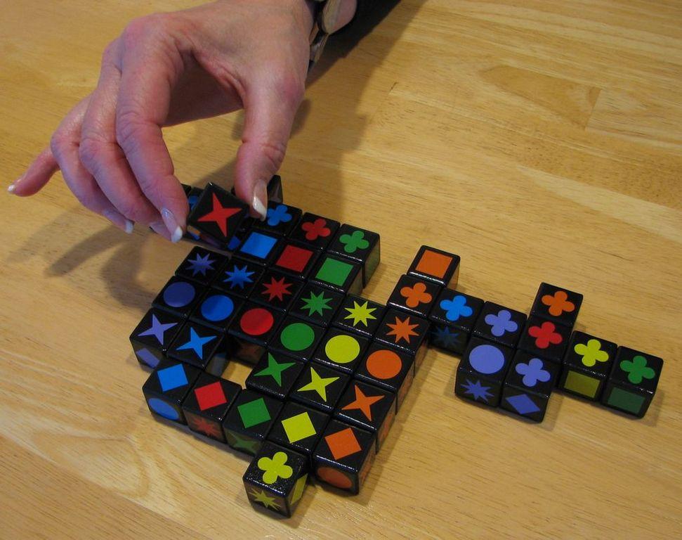 Qwirkle Cubes gameplay