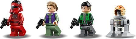 LEGO® Star Wars Major Vonreg's TIE Fighter™ minifigures