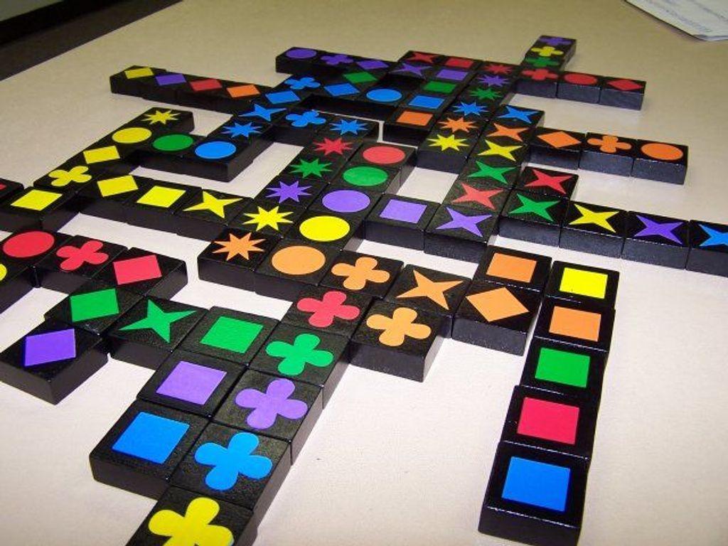 Qwirkle gameplay
