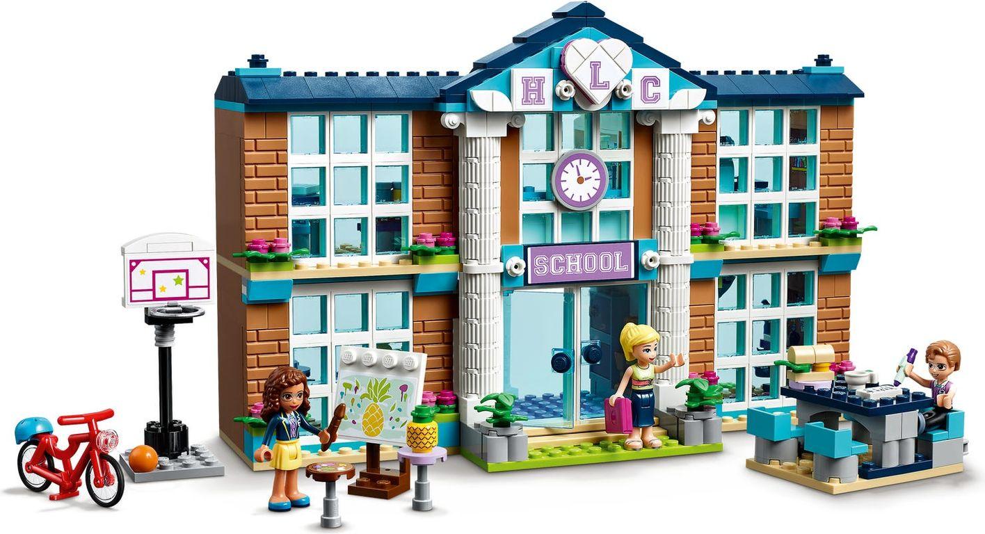 LEGO® Friends Heartlake City School gameplay