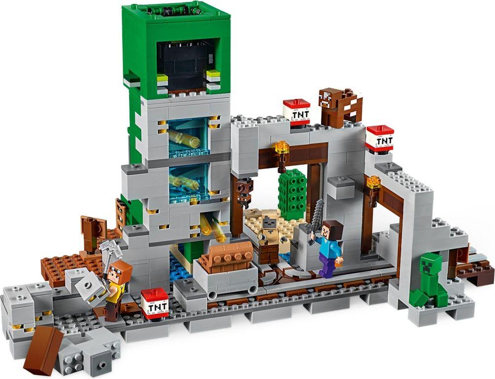 LEGO® Minecraft The Creeper™ Mine back side