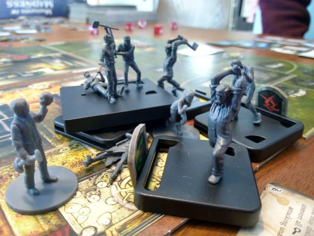 Mansions of Madness: Second Edition - Streets of Arkham gameplay