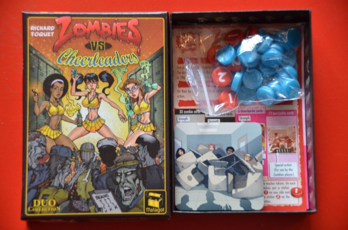 Zombies vs Cheerleaders box