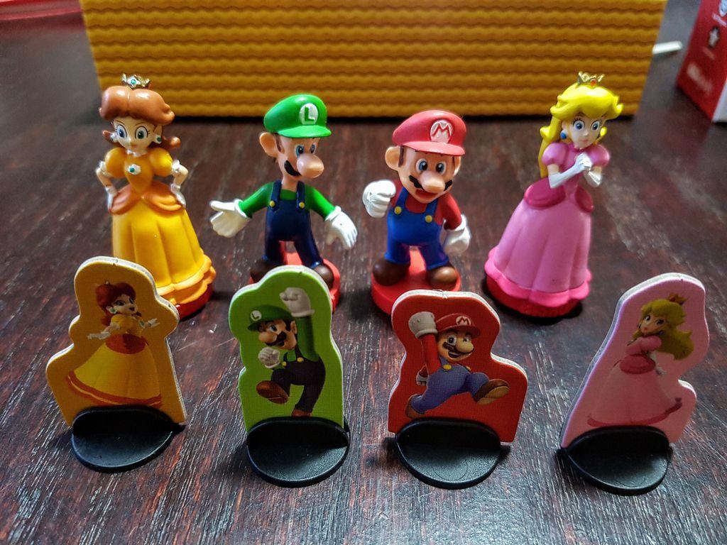 Super Mario: Level Up! miniatures