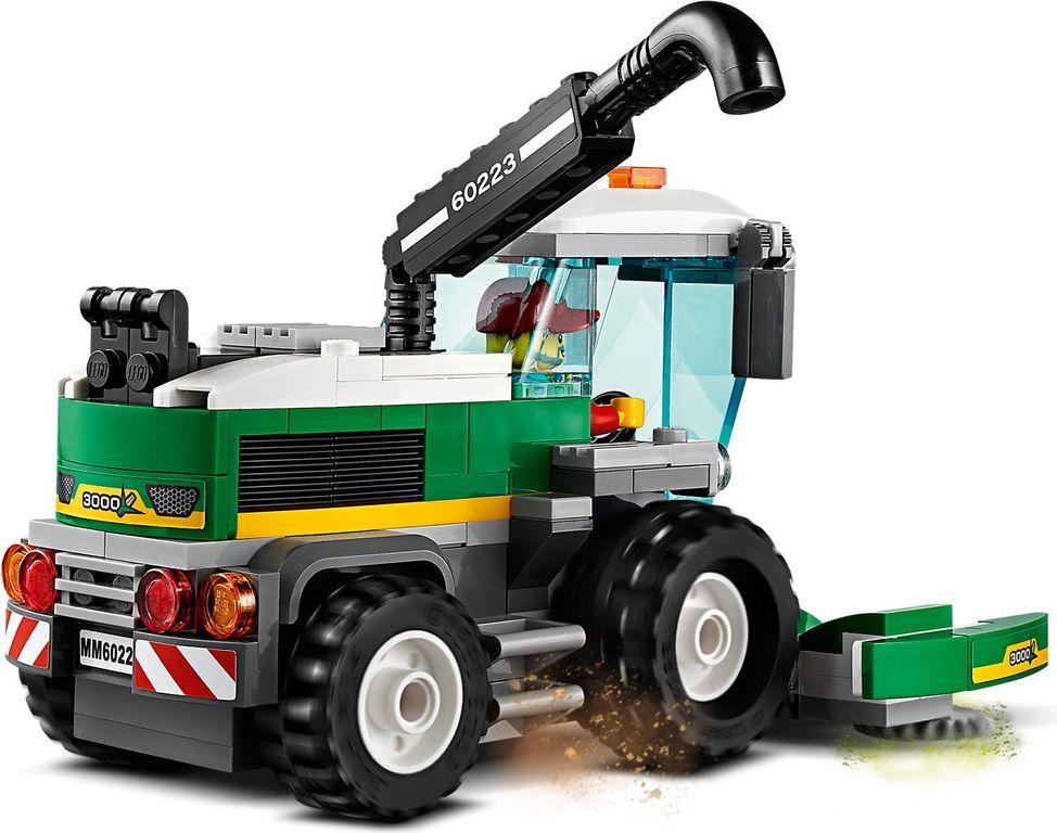LEGO® City Harvester Transport back side