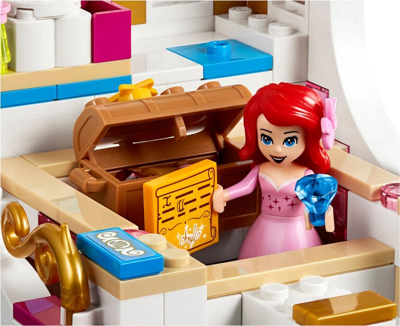 LEGO® Disney Ariel's Royal Celebration Boat minifigures