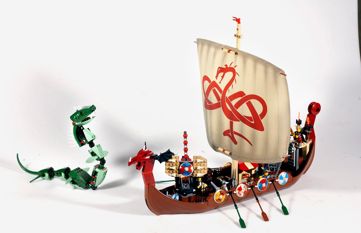LEGO® Vikings Ship and Snake components