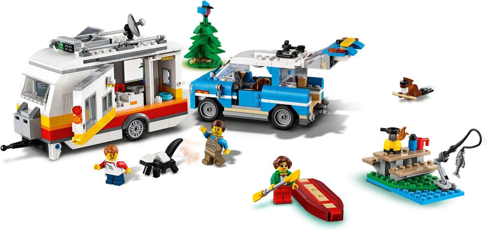 Caravan Family Holiday gameplay