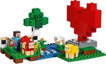 LEGO® Minecraft The Wool Farm components