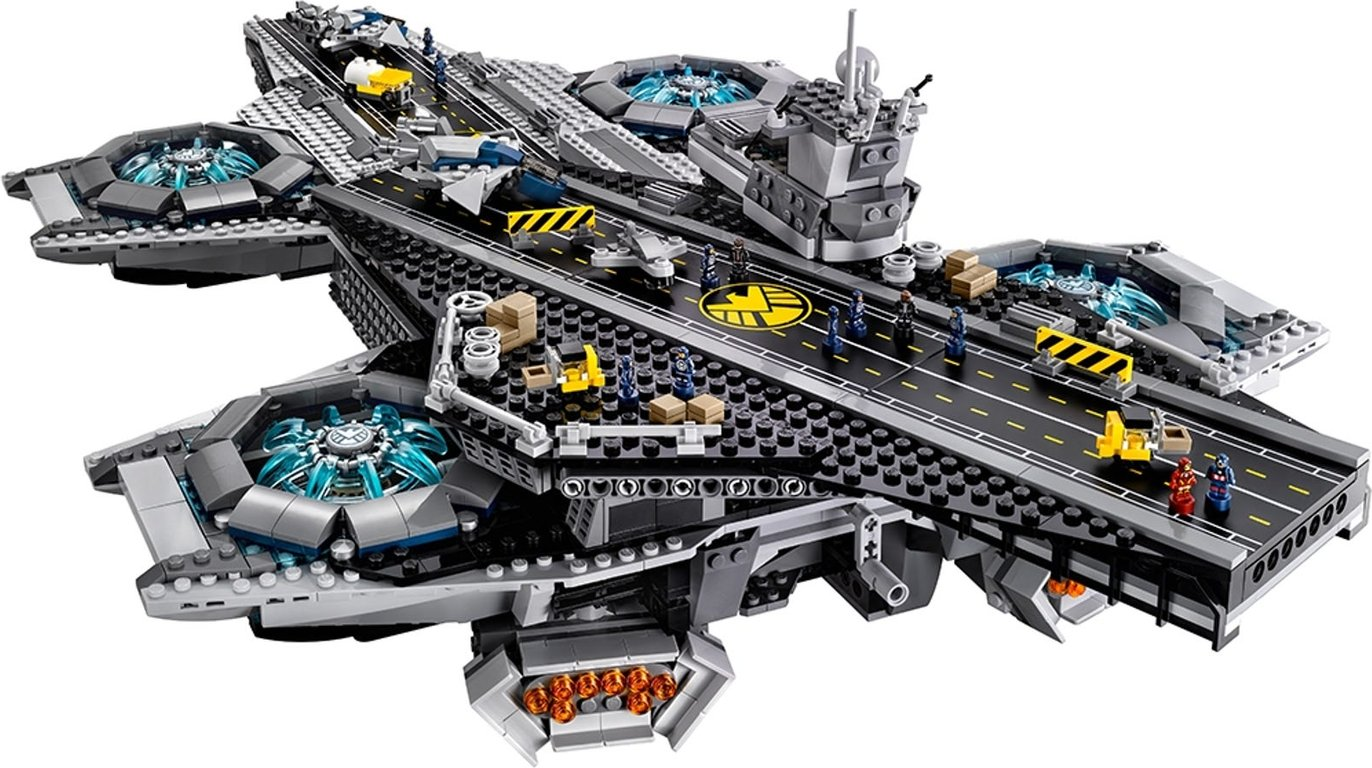LEGO® Marvel The SHIELD Helicarrier gameplay