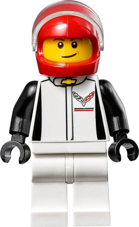 LEGO® Speed Champions Chevrolet Corvette Z06 minifigures
