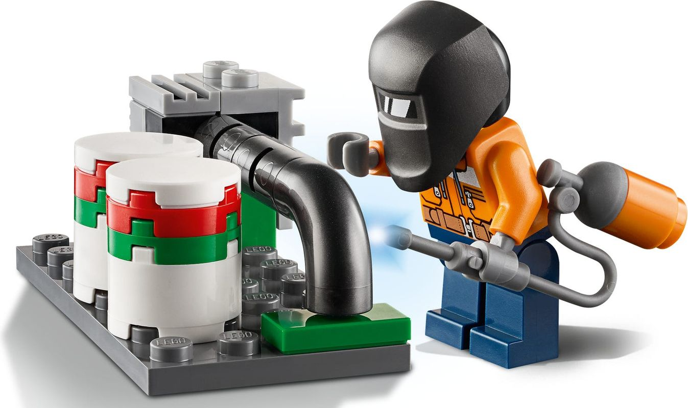 Fire Helicopter Response minifigures