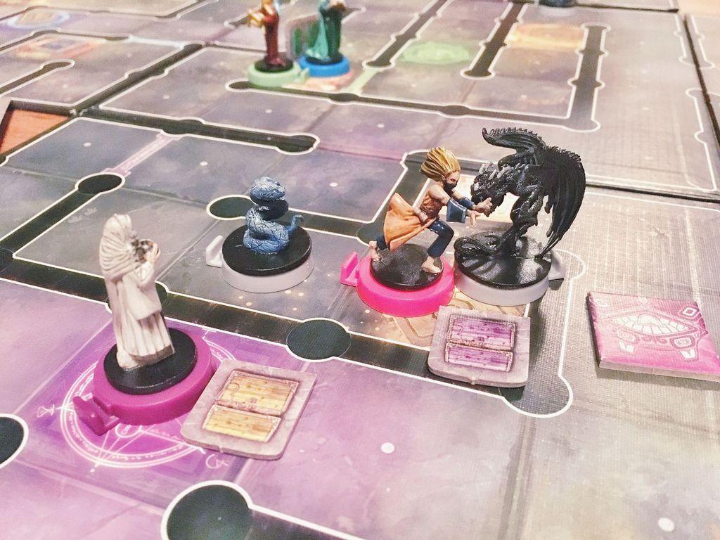 Wiz-War: Bestial Forces gameplay