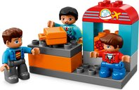 LEGO® DUPLO® Airport gameplay
