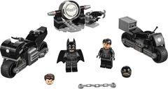 LEGO® DC Superheroes Batman™ & Selina Kyle™ Motorcycle Pursuit components