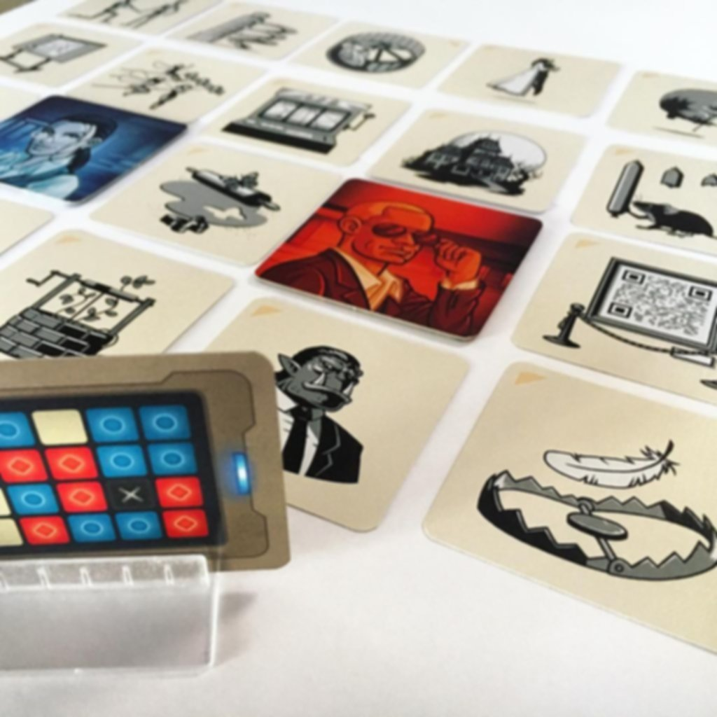Codenames: Pictures gameplay