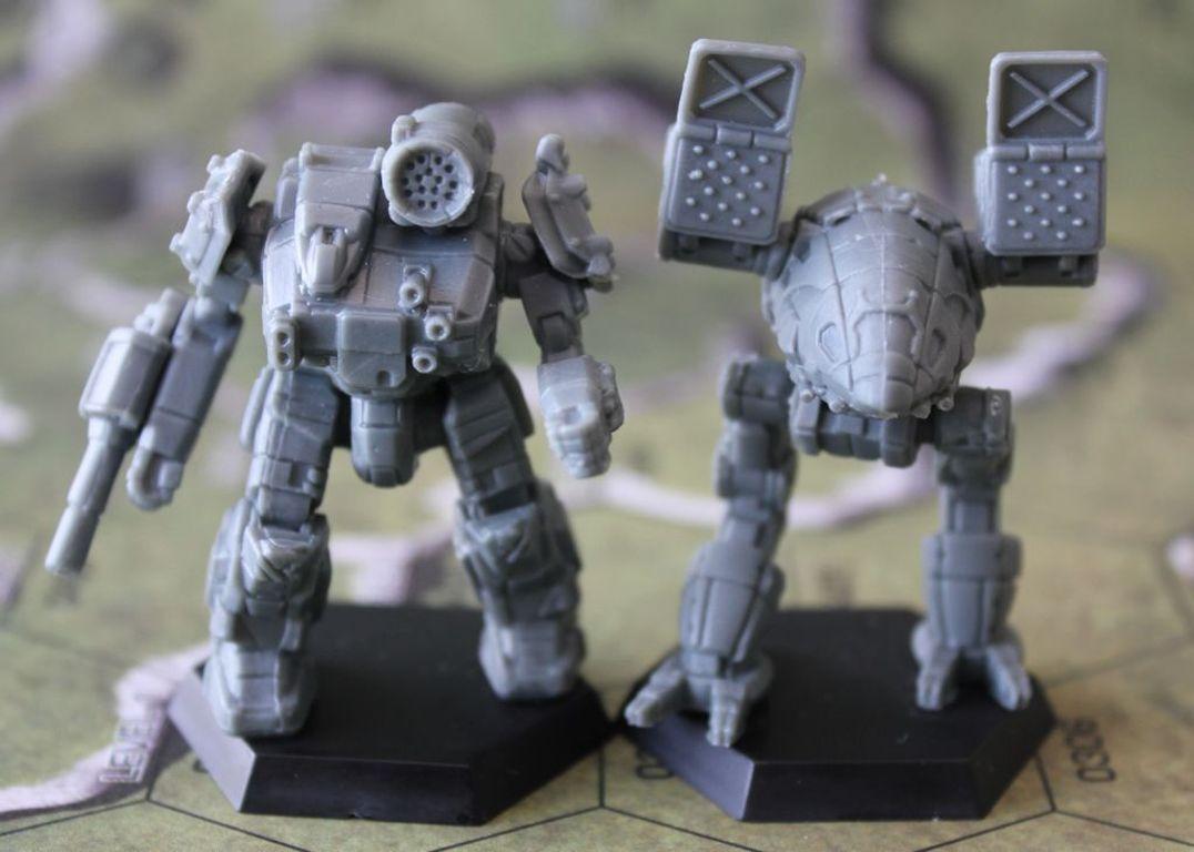 BattleTech: A Game of Armored Combat miniatures