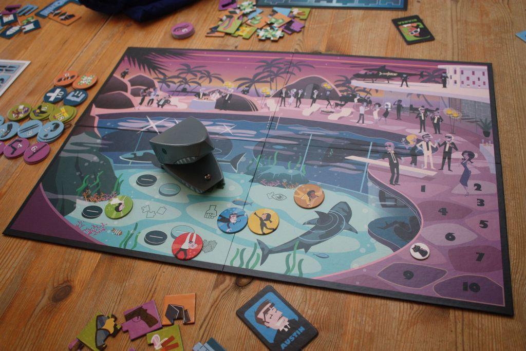 Dr. Shark gameplay