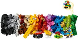 LEGO® Classic Basic Brick Set components