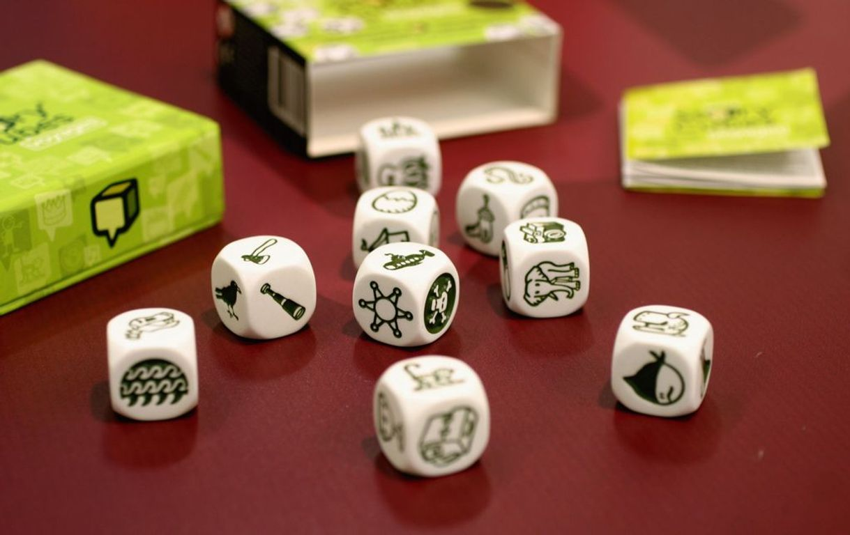 Rory's Story Cubes: Voyages dice