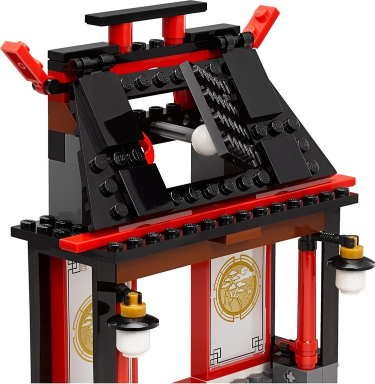 LEGO® Ninjago Airjitzu Battle Grounds components