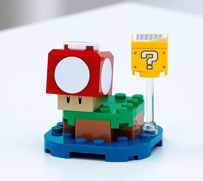 LEGO® Super Mario™ Super Mushroom Surprise (Polybag) components