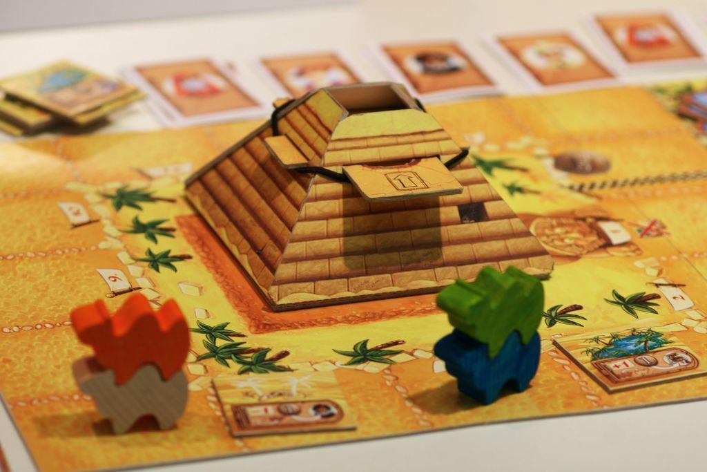 Camel Up gameplay